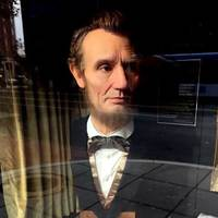 Lifelike Lincoln at Theater