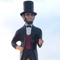 Giant Abe Lincoln