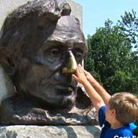 Lincoln's Tomb and Lucky Nose