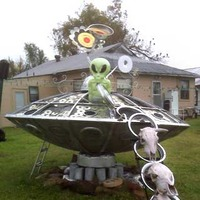 Alien Yard Art
