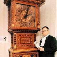 Clock Made of 50,000 Pieces of Wood