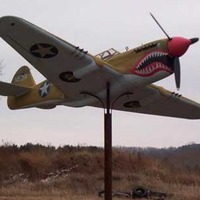 P40 Flying Tiger - Lawn Ornament