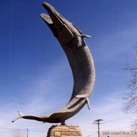 Leaping Muskie Fish Statue
