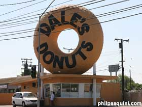 Giant doughnut on Dale's Donuts.