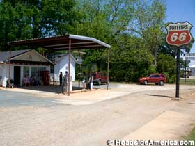 Billy Carter Gas Station Museum.