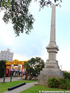 Battle of Liberty Place monument.