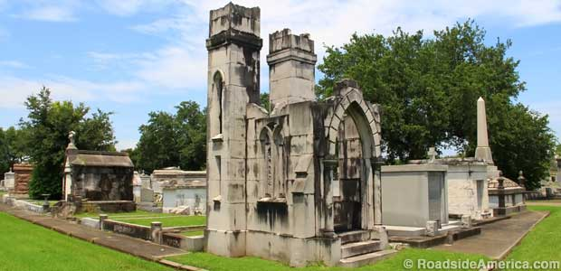 Tomb built to resemble church ruins.