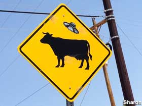 Cattle UFO sign.