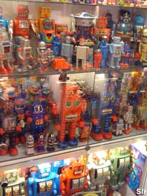 Toy Robot Museum.