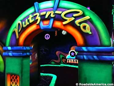 Putz-n-Glo Indoor Black Light Miniature Golf