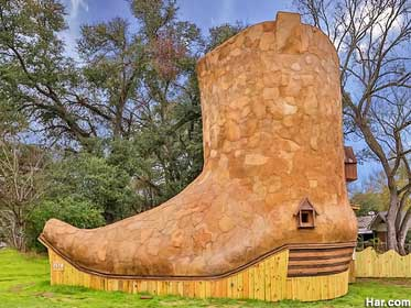Cowboy Boot House.