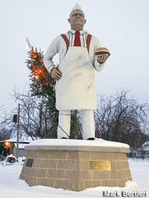 Hamburger Man statue